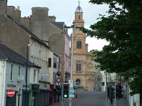 Coleraine – Travel guide at Wikivoyage