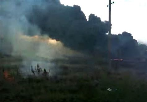 MH17: New footage shows first moments after jet was downed