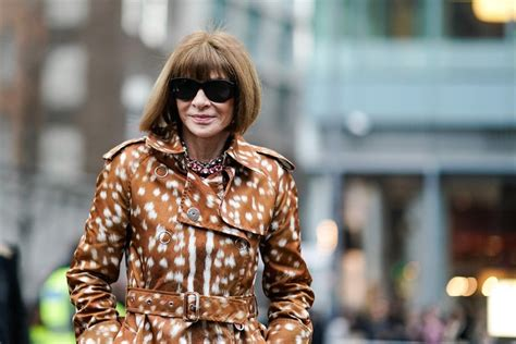 Anna Wintour explained why she wears her iconic sunglasses