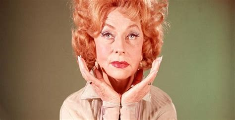 Agnes Moorehead Biography - Facts, Childhood, Family Life