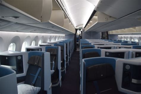 Review: KLM World Business Class - Boeing 787-10