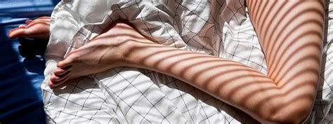 Restless Legs Syndrome (RLS) Symptoms and Signs: Causes