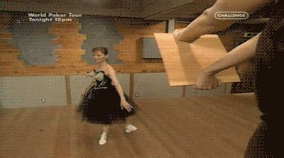 30 Totally WTF Gifs from Japan (30 gifs)   KLYKER