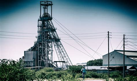 South Africa mining output plunged over 47% in April
